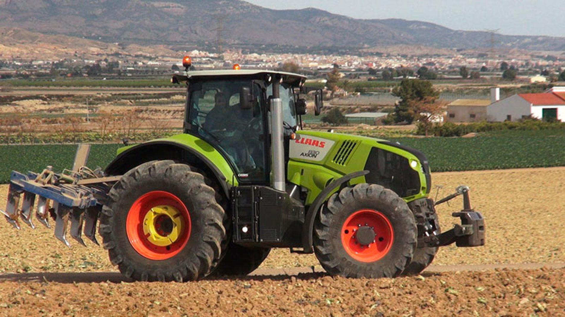 Prueba tractor Claas 830 Axion en Lorca